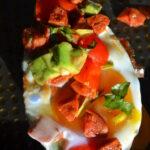Salsa fresca.Tortille i pieczone awokado.Meksyk od kuchni