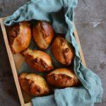Pieczone pierogi z ragoût z sarniny. Dla Niej i dla Niego