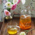 Mrożona zielona herbata z melonem i kwiatami lawendy. Napój na lato!