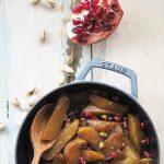 Buraki pieczone z pistacjami, granatem i balsamiczną glazurą. Marokańska sałatka na zimną jesień