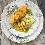 Łosoś jurajski, fasolka szparagowa, cukinia i sos z salsą truflową…