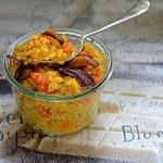 Risotto z dynią i karmelizowaną cebulą. Ceremonia duszenia ryżu w winie i bulionie