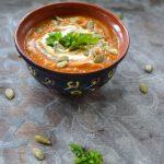 Zupa z dyni i pomidorów z chrzanową śmietaną. Całe ciepło domu…