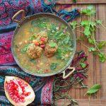 Ash-e Anar. Perska zupa z granatów z jagnięcymi klopsikami