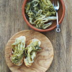 Brokuły gałązkowe w oliwie z czosnkiem i chili. Sezonowo od A do M