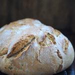 Chleb orkiszowy z kuskusem z garnka. Lutowa Piekarnia!