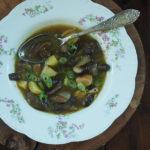 Grzybowa zupa z ziemniakami. Wiejskie klimaty