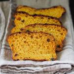 Chleb dyniowy na zakwasie z cynamonem i rodzynkami. World Bread Day 2020