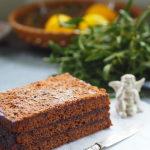 Ciasto czekoladowo – piernikowe z palonym masłem i domową konfiturą