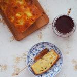 Bretońskie ciasto z jabłkami i solonym masłem