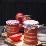 Pomidory i cebula w marynacie z octem jabłkowym